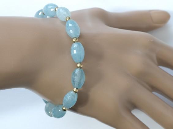Aquamarine stretch bracelet