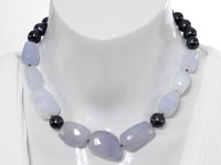 Blue Chalcedony choker necklace with back pearl