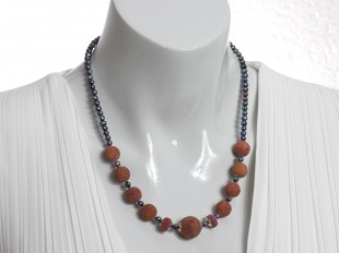 Red coral and black pearls necklace
