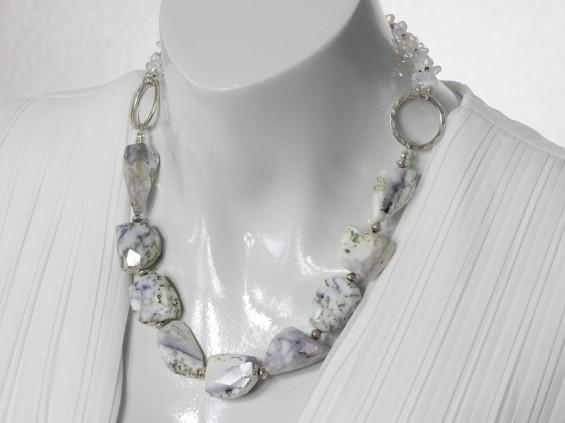Dendrite opal collier