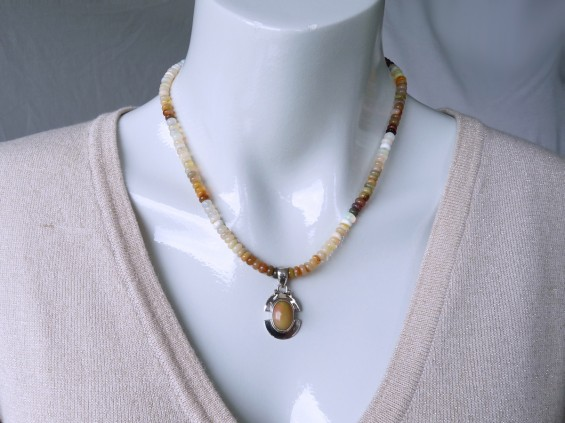 Silver opal pendant plus necklace